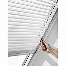 store pour velux store v 233 nitien velux blanc 78 cm x 98 cm pal mk04 7001s