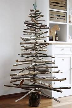tannenbäume basteln aus holz weihnachtliche diy idee weihnachtsbaum aus holz bauen