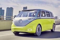 volkswagen le combi 233 lectrique id buzz lanc 233 d ici 2022