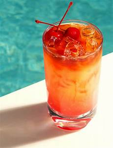 fruity alcoholic drink top 14 girly alcoholic drinks stayglam com