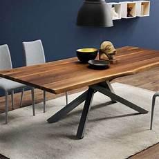 pieds de table design table design en noyer massif pi 233 tement mikado en m 233 tal