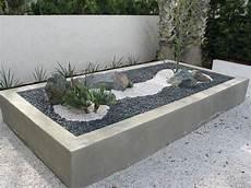 10 excellent exles of built in concrete planters