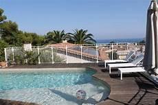 piscine villeneuve loubet villa 8p vue mer grande piscine villeneuve loubet contre