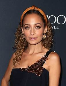 Nicole Richie Nicole Richie Hair Accessories Lookbook Stylebistro