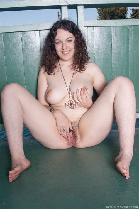 Hairy Amateur Girls