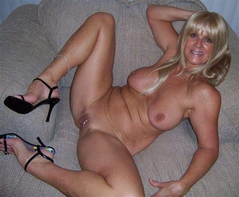 Submissive Older Women
