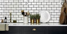 choosing the right grout color for your bathroom tile