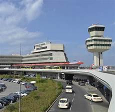 Flughafen Dortmund Adresse - preise f 252 r parken am flughafen so teuer wie der urlaub welt
