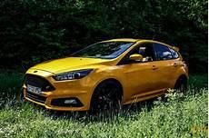 focus 2 st essai ford focus st 2 0 ecoboost 250ch autoday