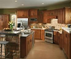 furniture style kitchen cabinets shaker style kitchen cabinets masterbrand