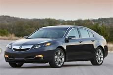 smooth stylish and full of great features 2014 acura tl