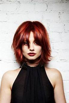 coupe de cheveux femme carré dégradé coupe d 233 grad 233 femme sur cheveux roux avec frange effil 233 e