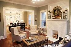 tips for choosing the farmhouse neutral paint colors