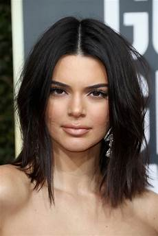 kendall jenner addresses golden globes acne never let