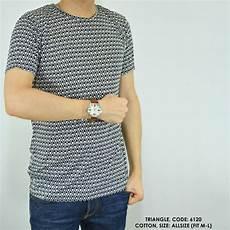 jual baju kaos cowok pria print motif triangle di lapak sakku indonesia dikawar