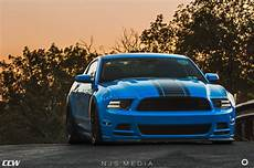 grabber blue ford mustang boss 302 ccw classic forged wheels