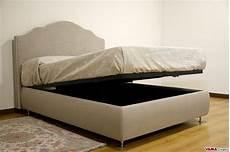 letti con contenitori letto con contenitore classico in tessuto grigio sfoderabile