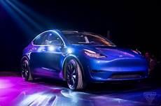Tesla A Officialis 233 Le Model Y Un Suv Sept Places 224 Un