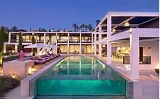 luxury modern villa on cap d antibes