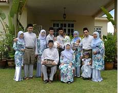 Welcome To Sjwound Family Pictures During Hari Raya