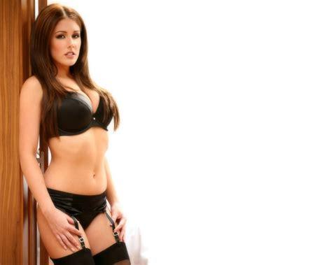 Lucy Pinder Fansite