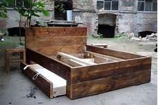 Betten Bett Aus Bauholz 160 X 200 Mit Bettkasten Ein