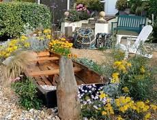 27 Dreamy Themed Garden D 233 Cor Ideas Gardenoholic