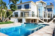 immobilier de prestige agence immobili 232 re de prestige sur la c 244 te d azur agences immobili 232 res 224 marseille guide pro