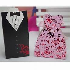 100pcs black and white suit groom pink bride dress candy