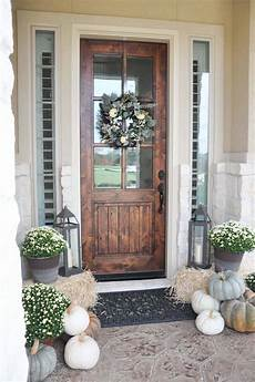Decorations Front Door by 40 Amazing Ways To Decorate Your Front Door With Fall Style
