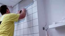 küche fliesen überkleben badezimmer fliesen streichen vorher nachher badezimmer