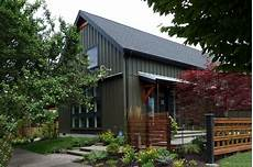 farmhouse style house plan 3 beds 3 00 baths 2291 sq ft
