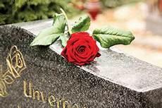 Combien Coute Un Enterrement Torcy Tarifs Et Devis Cercueil