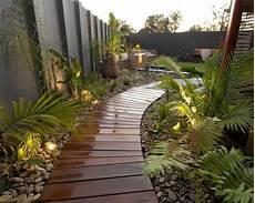 aménagement allée de jardin am 233 nagement all 233 e de jardin et chemin de en 95 id 233 es ext 233 rieur exotique ambiance