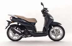 Des Peugeot 50 Cm3 Bonifi 233 S Pour 2018 Scooter