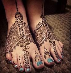 Desain Motif Henna Di Kaki Untuk Pernikahan Contoh