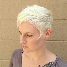 15 chic short pixie haircuts for fine hair easy short hairstyles for hairstyles weekly