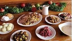 Traditionelles Deutsches Weihnachtsessen - celebrate an early dinner german style at
