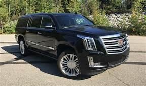 2019 Lincoln Navigator Cadillac Escalade