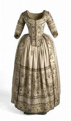 day dress 1861 62 from the musee galliera fripperies