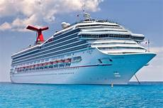 carnival cruise line accused of not letting dying