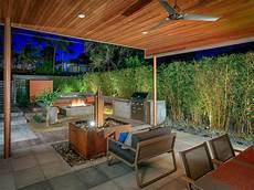 Sichtschutz Terrasse Bambus - 27 ways to add privacy to your backyard hgtv s
