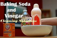 Bathroom Cleaner With Baking Soda And Vinegar by 16 Best Baking Soda And Vinegar Cleaning Solutions