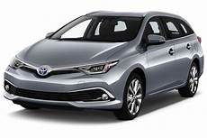 leasing toyota auris touring sports hybride 136h tendance