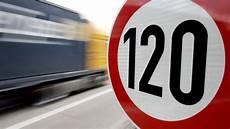 pétition 80 km h limitations de vitesse r 233 glementation presse auto