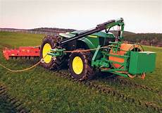 the new deere electric tractor prototype that uses no