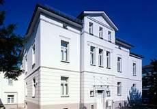 Fassade Streichen Die Richtige Farbe F 252 R Optik Und Schutz