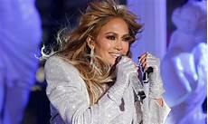 Jennifer Lopez 2021 Jennifer Lopez Empieza 2021 Con Una Marat 243 N De Estilo