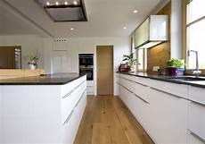speisekammer in küche integriert eingang zur speise clever integriert in die k 252 chenplanung