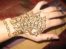 Gambar Keren Henna Terlengkap Teknik Menggambar